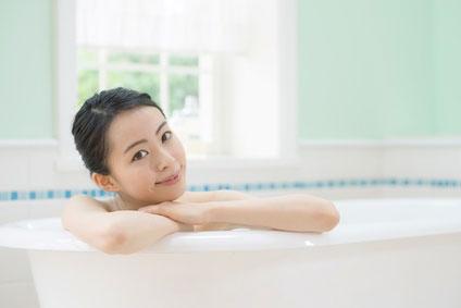 女性 入浴中